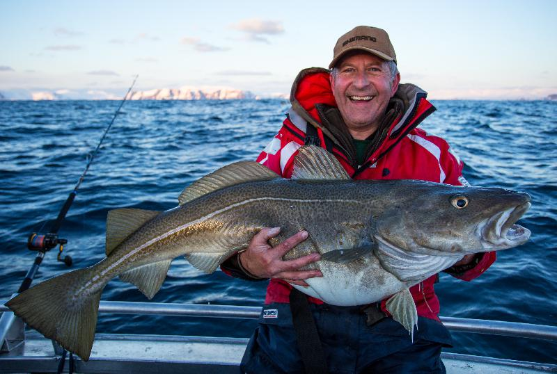 "Dave with his first 20kg +<br />"" /></p> <p><img src="